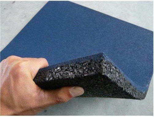 Изготовление плитка из резиновой крошки