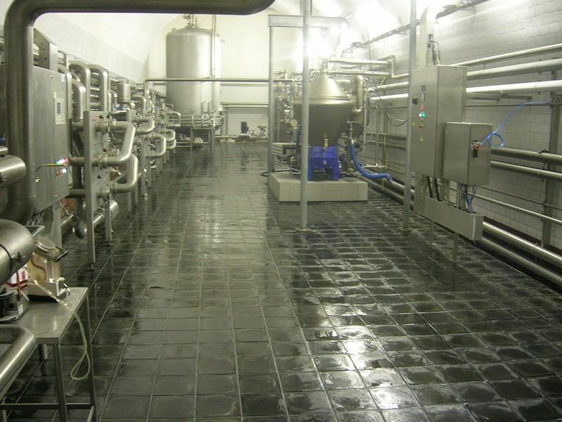 Металлическая промышленная плитка