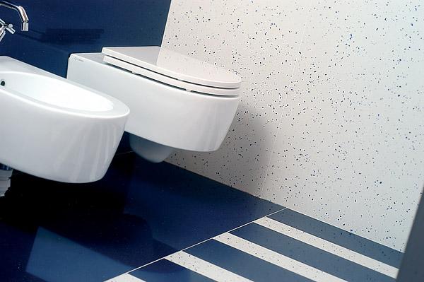 Плитка в туалете + биде
