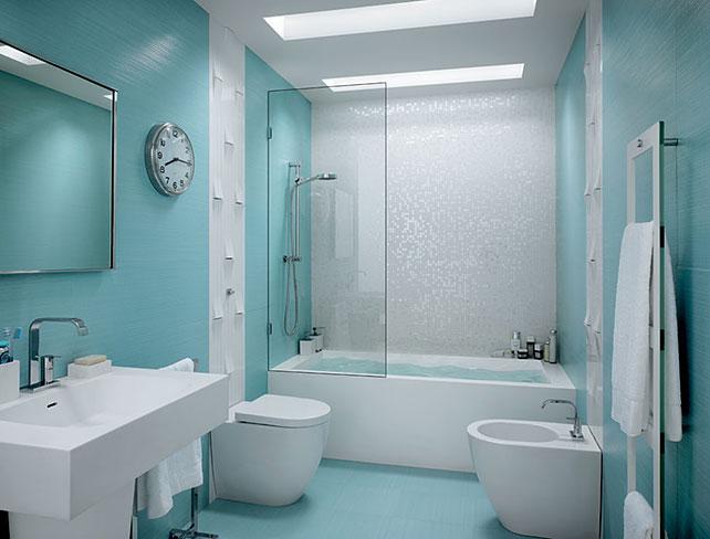 Голубой кафель в ванной комнате
