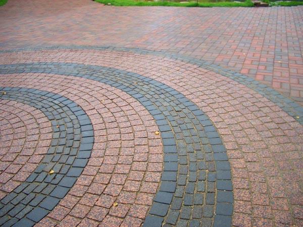 Плитка гранитная тротуарная