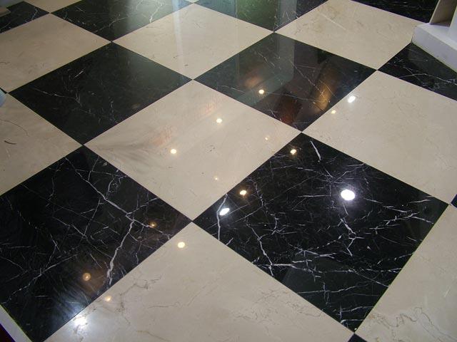 Черно-белая гранитная плитка