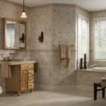 В туалете: плитка из известняка