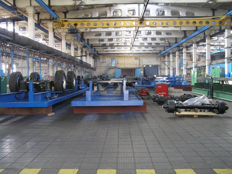 Металлическая плитка на заводе