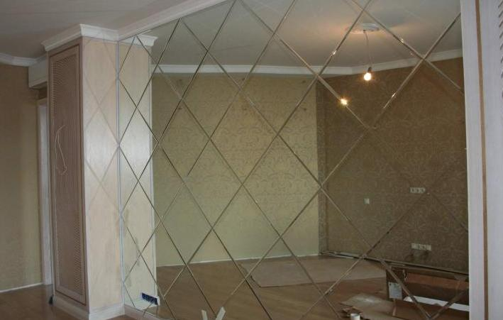 Зеркальная плитка в интерьере