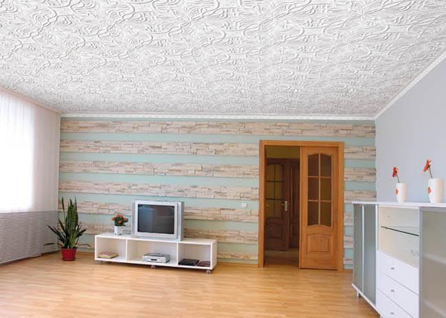 Плитка потолочная в гостиной