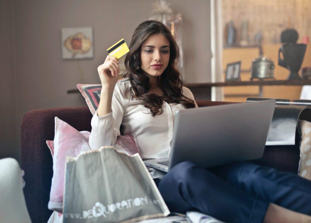 Покупка мебели в Интернете