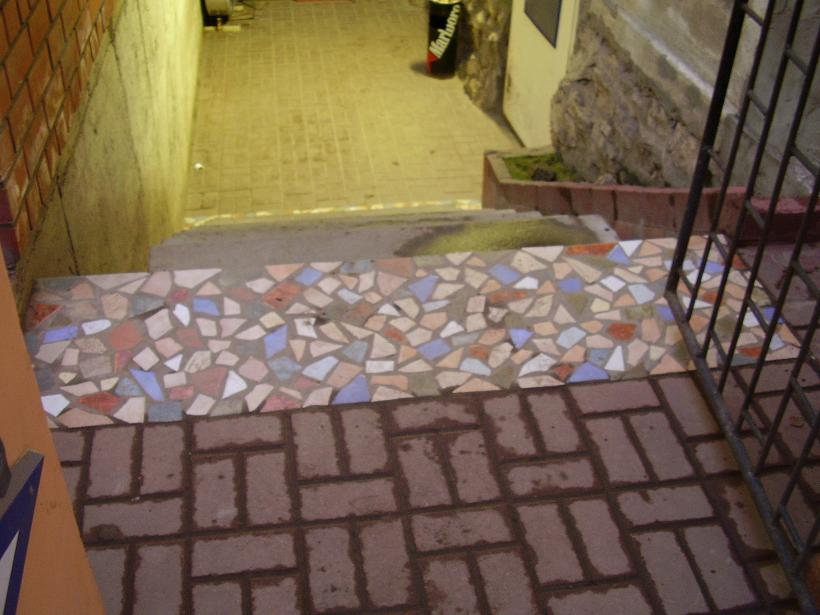Мозаика из битой плитки своими руками дизайн и облицовка видео